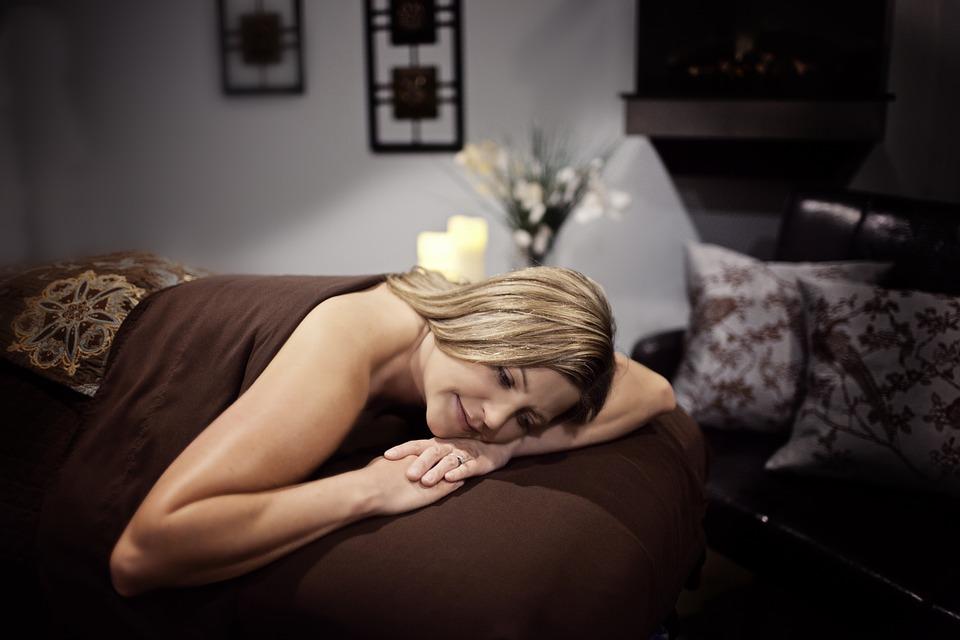 Massage zen : une excellente solution pour réduire l'hyperactivité physique et psychique