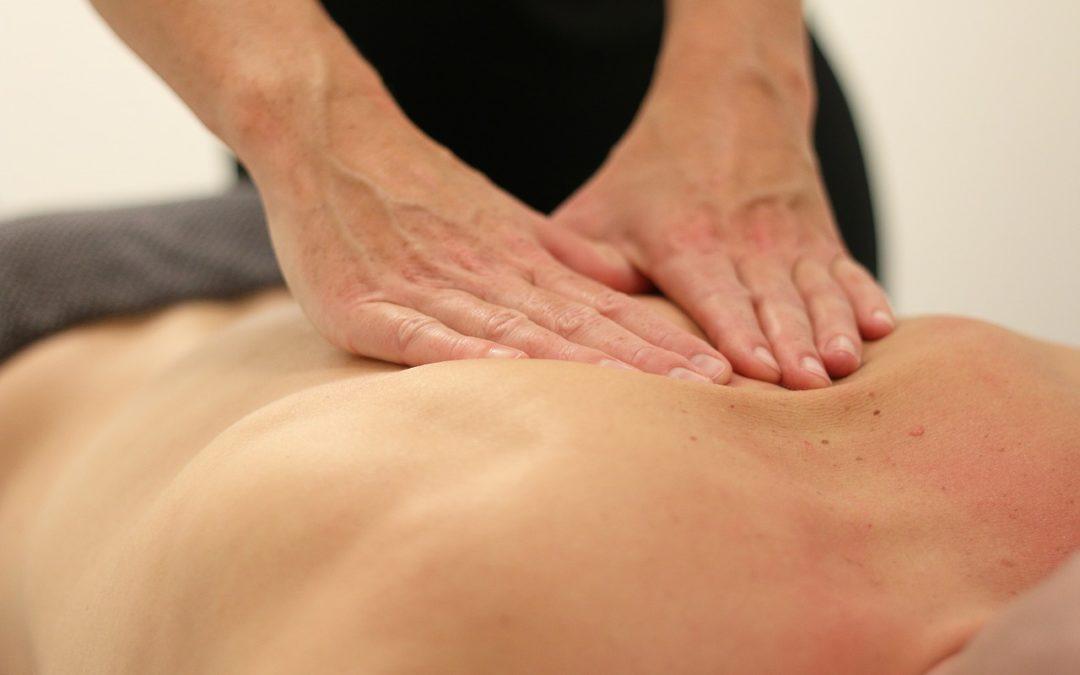 Se retrouver avec son corps via le massage body tantrique