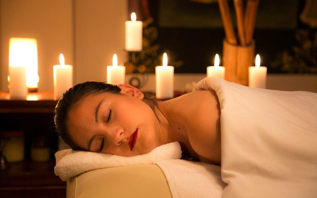 Utilisez des bougies pour votre massage sensuel !
