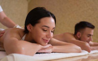 Quel type de massages faire en couple pour ces vacances d'été 2021 ?